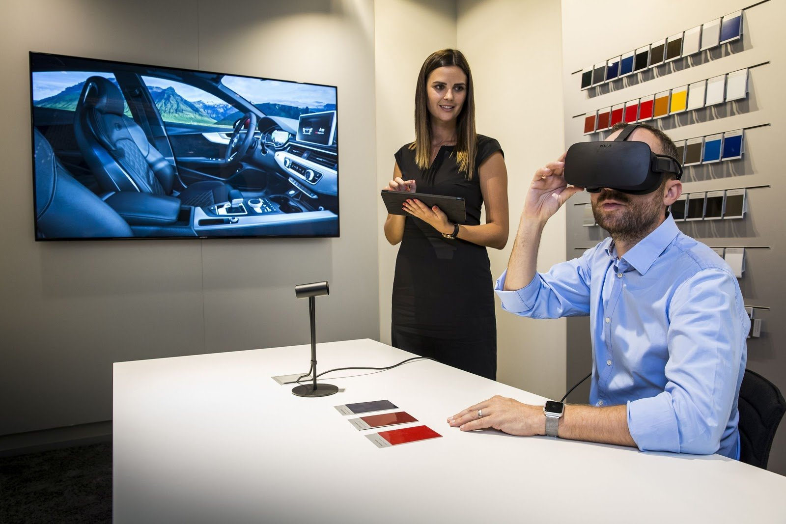 VR technology in Audi dealerships