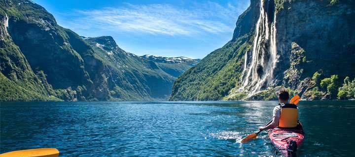 betway必威官网app下载altexsoft-fjord-tours-case-main-page