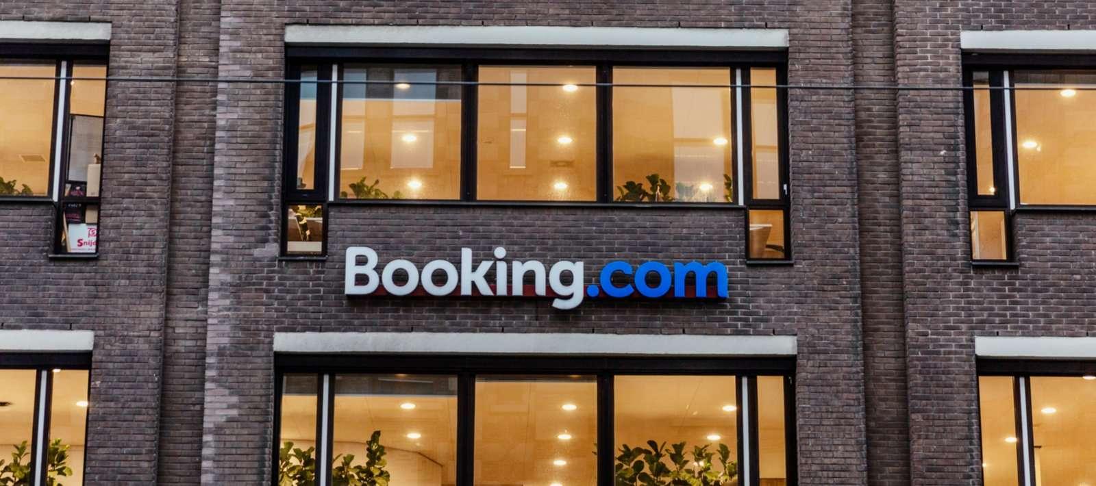 Booking.com Partnership and Affiliate Programs