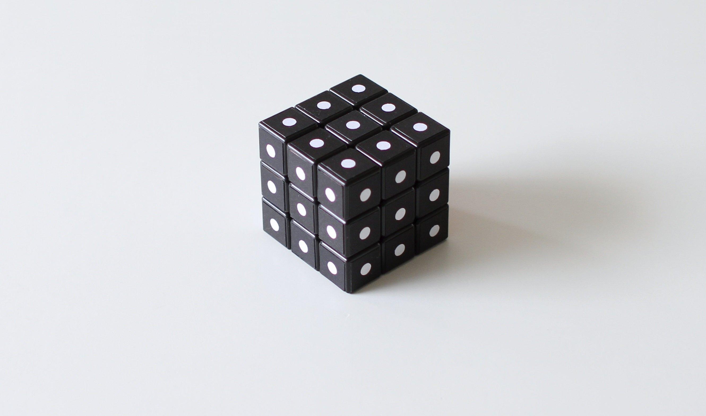 Rubik's cube black color