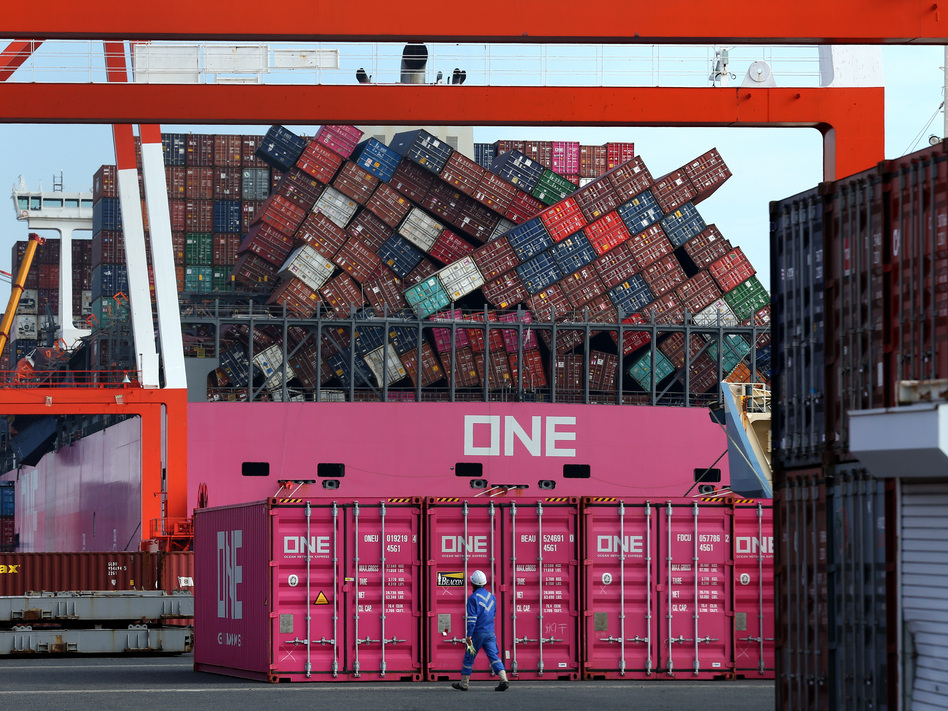 containers collapse
